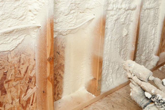 Why Spray Foam Insulation May be a Good Option for Your Home