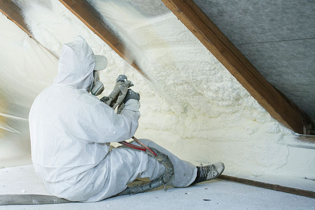 Thinking About Insulation? 3 Reasons Why Spray Foam Insulation Might be Right for You